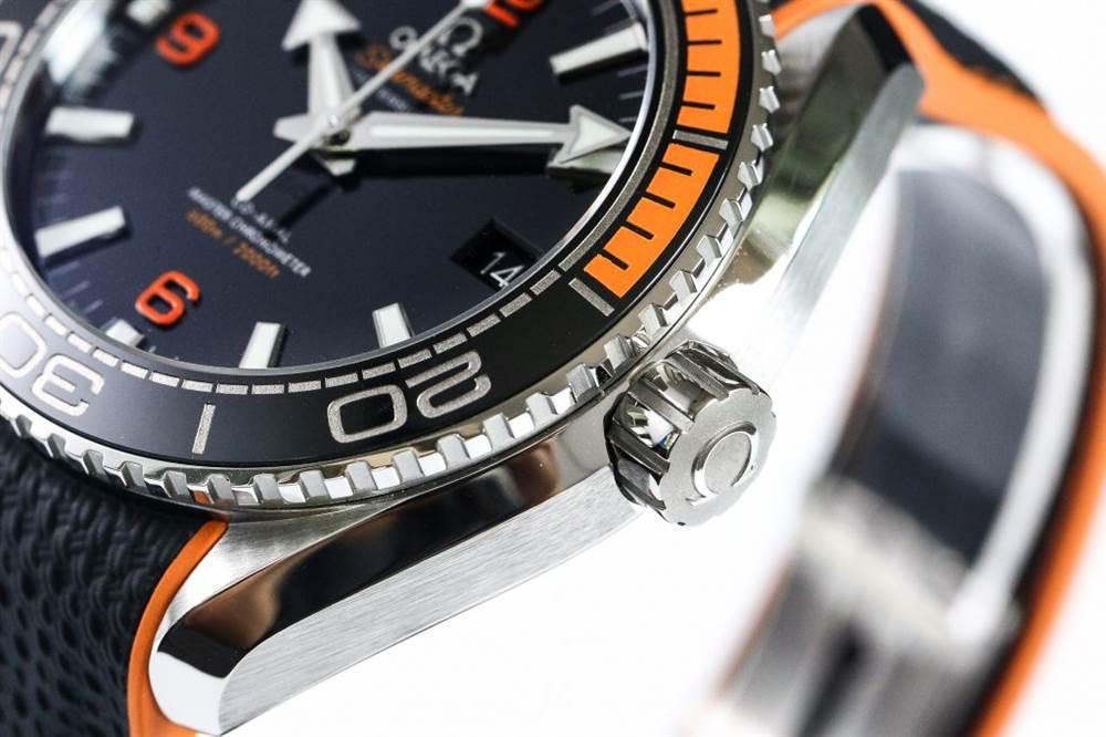 VS厂欧米茄四分之一橙-海马海洋宇宙600米215.30.44.21.01.002胶带款
