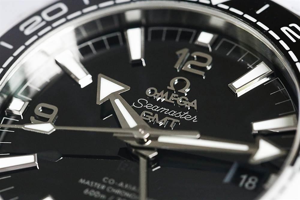 VS厂欧米茄太极圈-海马600米215.30.44.22.01.001熊猫黑白圈