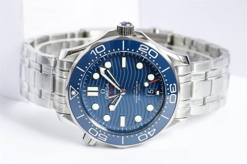 VS厂欧米茄海马300-210.30.42.20.03.001蓝面钢带款