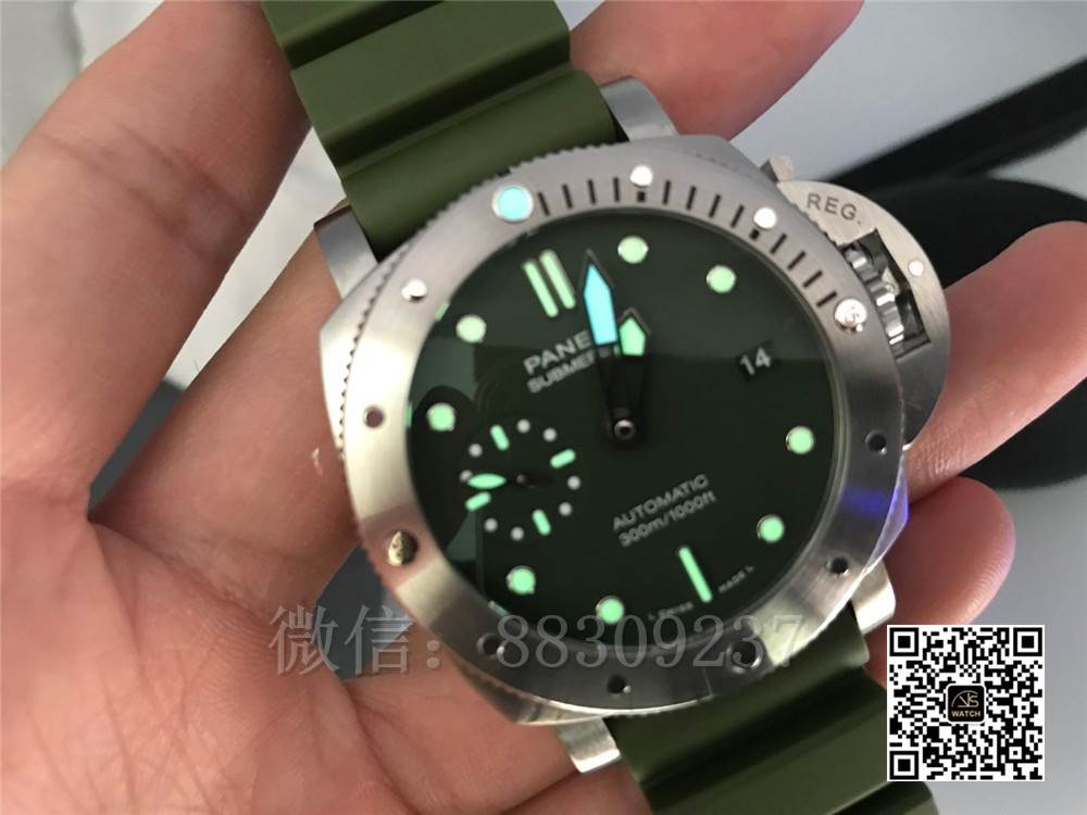 VS厂沛纳海PAM1055「绿海魂」绿盘简约42MM沛纳海男表评测