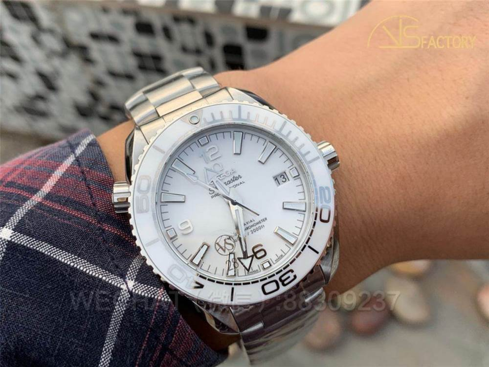 VS厂欧米茄海马600非黑即白女士机械腕表实拍评测