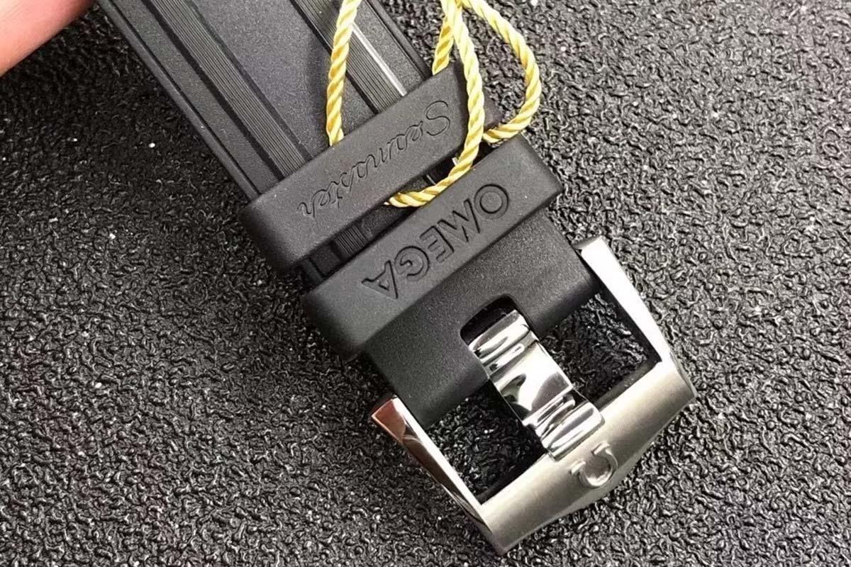 VS厂欧米茄海马系列300米陶瓷盘复刻腕表做工细节评测