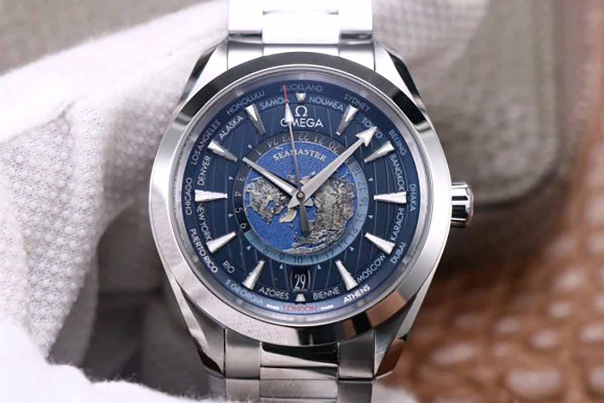 欧米茄海马限量版世界时腕表将世界放腕上「VS厂复刻版本又是如何」