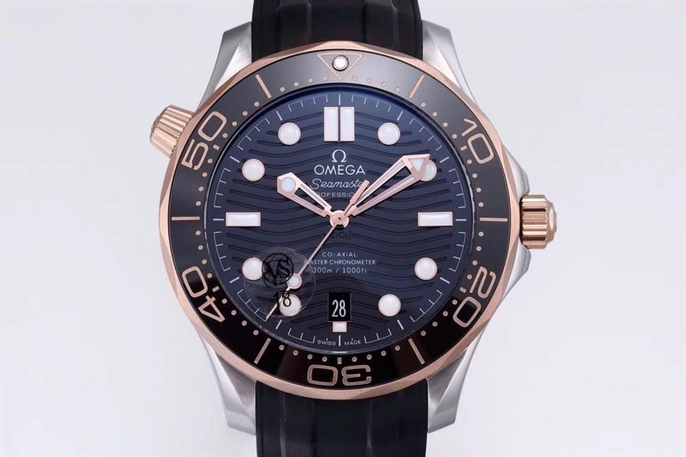 VS厂复刻版欧米茄海马系列300米间玫瑰金款腕表做工细节评测-极高的颜值