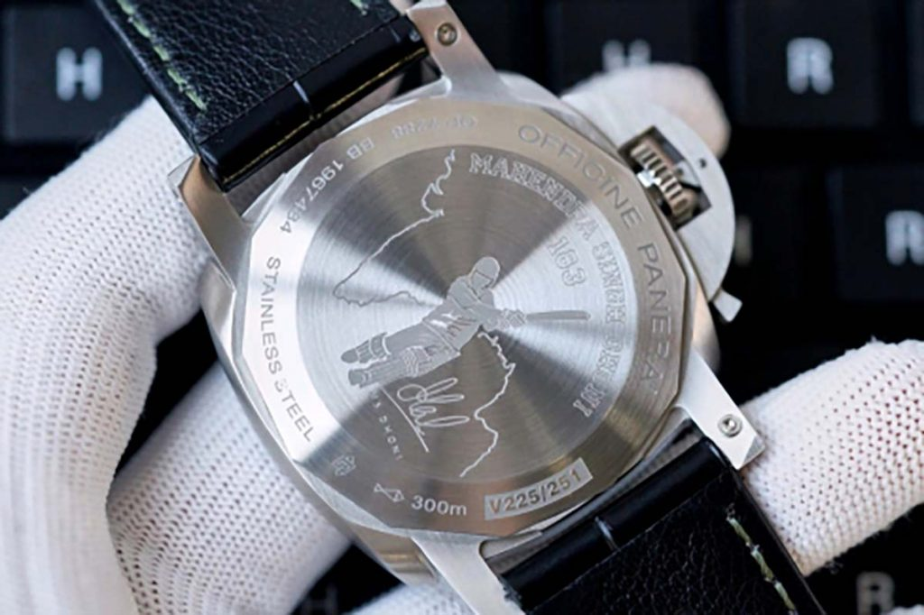 VS厂沛纳海PAM1056复刻腕表做工细节深度评测-绿色表盘所带来的不同体验